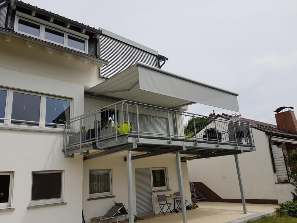balkon_markise_sonnenschutz_sonne_sommer_abdunkeln