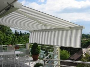 Balkon Terrasse weiß Sonnenschutz