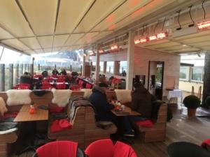 Bar Cafe außen Überdachung