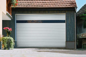 Garage Garagentor Scheune alt