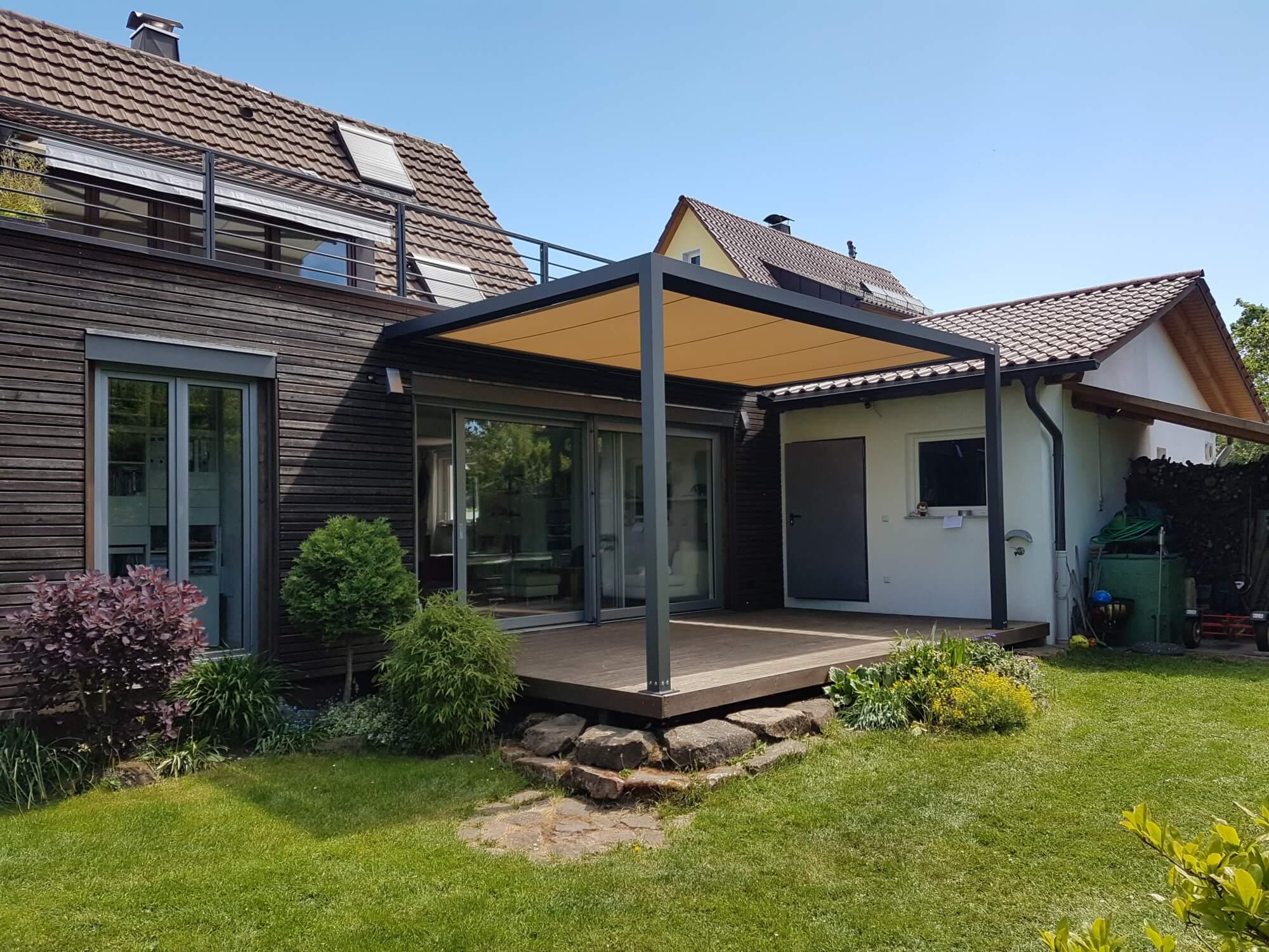 garten_ueberdachung_schatten_dach