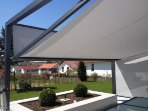 Markise grau Garten Vordach