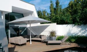 Schirm Terrasse weiß Garten