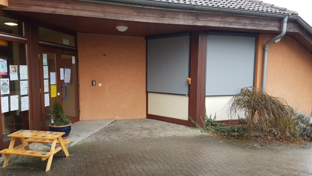 Sonnenschutz Kindergarten dunkelgrau